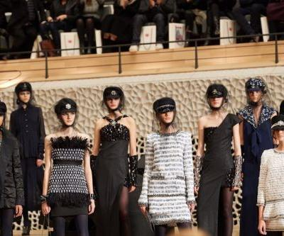Karl Lagerfeld heads home for latest Chanel show