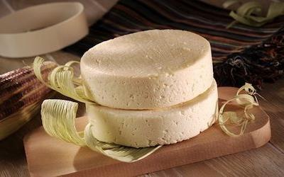 Raw milk cheese tied to listeria cases; moms-to-be at high risk