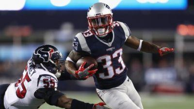 Dion Lewis' big night helps Patriots pull away from Texans