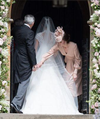 See Pippa Middleton's Gorgeous Wedding Gown from Every Angle