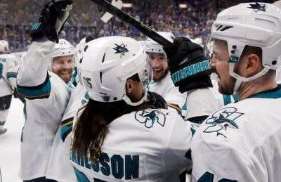 Erik Karlsson scores in OT after controversial no-call, Sharks take series lead over Blues