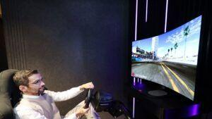LG to unveil new bendable OLED gaming monitor at CES 2021