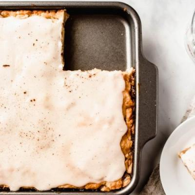 Apple Slab Pie With Icing