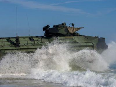 An amphibious assault vehicle can be a rough ride for Marines inside - here's what crews have to deal with