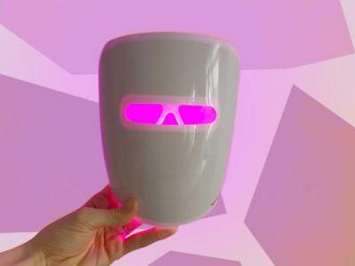 I Tried A $25 Light Therapy Mask & I Was Impressed