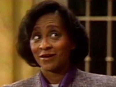 Watch Marla Gibbs' Surprise Appearance During The Jeffersons' Live Episode