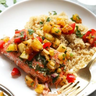Grilled Salmon in Foil with Pineapple Salsa