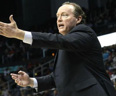 Knicks to interview Hawks coach Mike Budenholzer