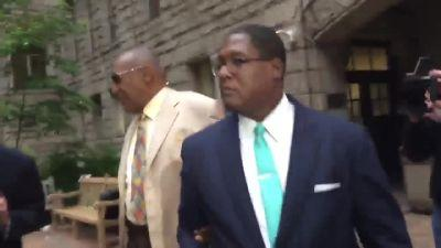 Bill Cosby arrives at Allegheny County Courthouse Monday morning for jury selection