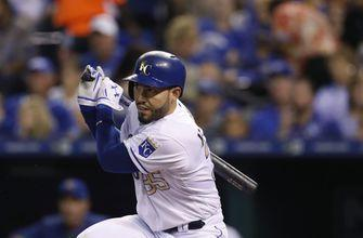 AP source: Hosmer, Padres reach preliminary eight-year deal