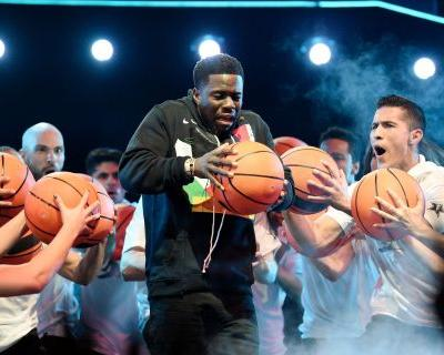 Twitter mocked Kevin Hart for his NBA All-Star player intros