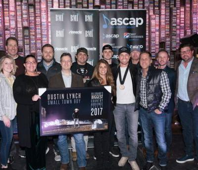 "News: BMI and ASCAP Honor Dustin Lynch's Fifth Consecutive No. 1 ""Small Town Boy"""