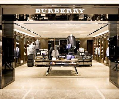 Burberry Shares Fall as Major Investor Pulls Out
