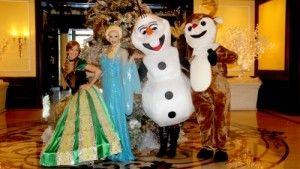 """Four Seasons Hotel Westlake Village Transforms into Winter Wonderland with Annual """"Let It Snow"""""""