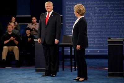 Fact-Checking Clinton, Trump's Debate Comments on Energy Plans