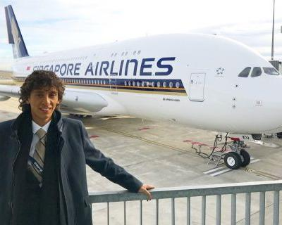 This 20-year-old aviation expert says Singapore Airlines' new A380 first class luxury suite beats Emirates' 'hands down' - here's why