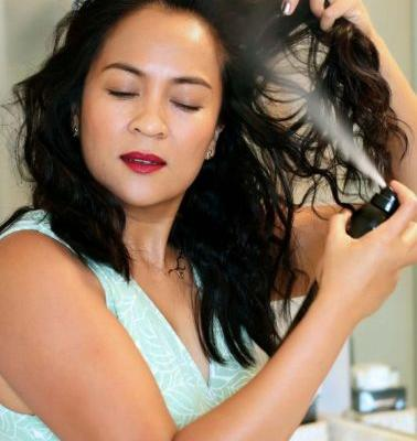 Product Spotlight: Oribe Free Styler Flexible Hold Working Hairspray