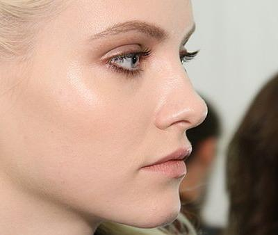 Experts Break Down the Pros and Cons of Nonsurgical Rhinoplasty
