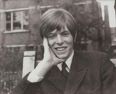 David Bowie's First Demo, Recorded at 16, Found in A Bread Basket