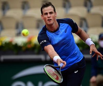 Canada's Vasek Pospisil out of French Open after first-round loss