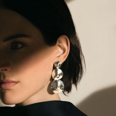 AGMES Jewelry Seeking FULL-TIME SALES ASSISTANT in New York CITY