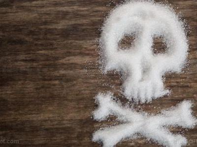 "Even ""healthy people,"" if they eat sugar, are at risk for heart disease, new study finds"