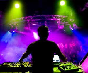 Strobe Lighting at Dance Music Festivals may Up Epileptic Fit Risk