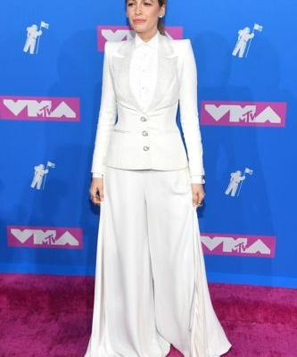 Blake Lively's Look At The 2018 VMAs Is Circus Ringmaster Chic