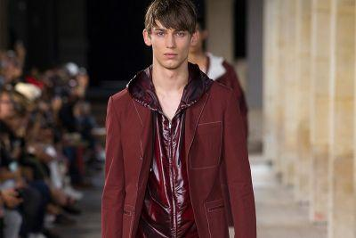 Hermès 2018 Spring/Summer Collection Was a Burgundy Sports Luxury Dream