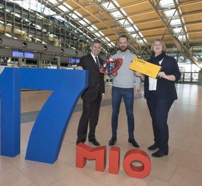 Hamburg Airport welcomes 17-millionth passenger for 2017