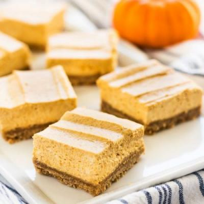 No Bake Pumpkin Cheesecake Bars