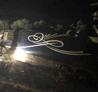 Bus crashes carrying country singer Josh Turner's road crew, one dead, several injured