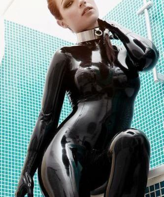 Wetswimsuitsextoy: This rubber doll ready get change from pool games to go drinks!🖤💋🖤💋🖤💋🍷🍷🍷🍷