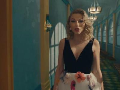 """Taylor Swift & Brendon Urie's """"Me!"""" Video Is About Her Evolution Into A Gorgeous Butterfly"""