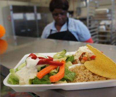 Should School Cafeterias Be More Like Fast-Casual Restaurants?