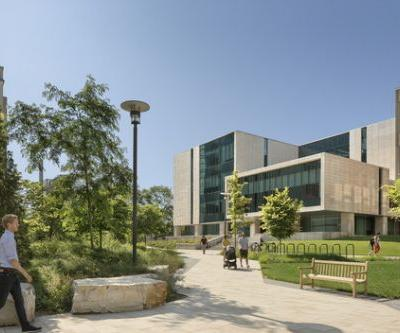 University of Chicago: Physics Research Center / Perkins Eastman