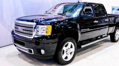 GM accused of emissions cheating for diesel pickups in new lawsuit