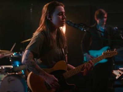"Watch Julien Baker Play A Great Full-Band ""Hardline"" On Seth Meyers"