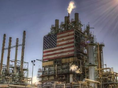 US cuts oil production forecast through 2021 - padding the crushed market before a critical OPEC meeting