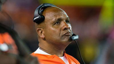 Hue Jackson clears up anthem remarks: 'There are issues in our country bigger than football'
