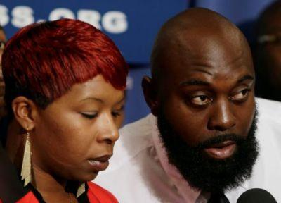 Michael Brown's family settles lawsuit with Ferguson