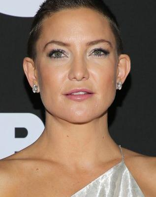 """Kate Hudson Thinks When It Comes to Hair, All Women Should """"Just Chop It All Off"""""""