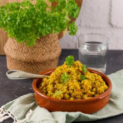 Curried Quinoa with Chickpeas
