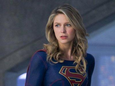 Melissa Benoist Shows Off New Supergirl Costume For Season 5, And That's Not All