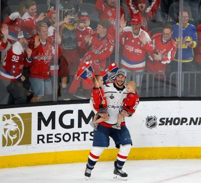 Trying to keep Trotz is first priority for champion Capitals