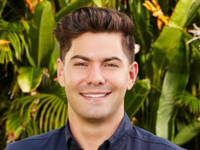 Bachelor in Paradise: Blake & Hannah Make-Out Session Upsets Dylan