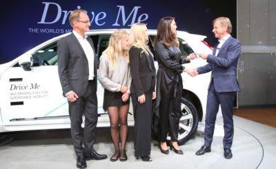 Meet the First Real Family Slated to Get Keys to Volvo's Self-Driving XC90