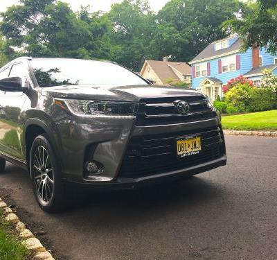 We drove a $42,000 and a $50,000 Toyota Highlander to see why it's one of the best family SUVs money can buy - here's what we discovered