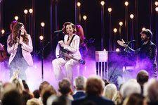 Lady Antebellum & Halsey Combine Forces, Perform Each Other's Hits at the 2019 CMA Awards