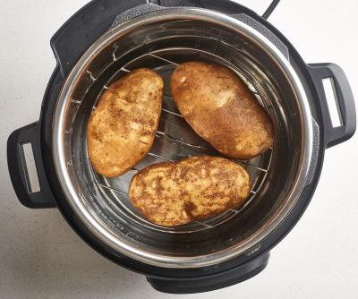 No, the Instant Pot Doesn't Cook All the Nutrients Out of Your Food